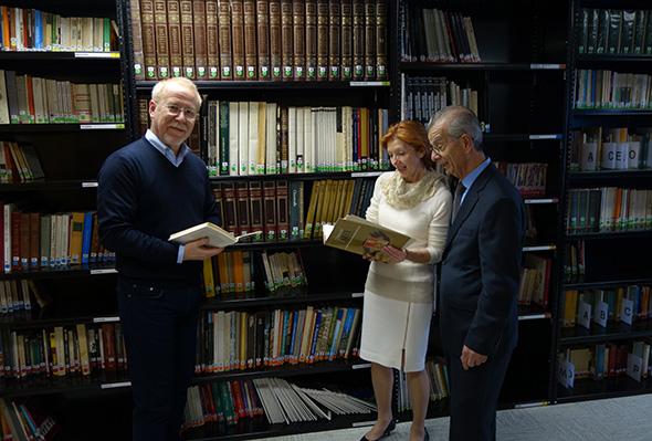 Casa Italiana Library